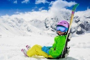 How to save money on kids ski clothing