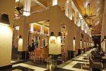 Le Bar by night. Sofitel Sentosa Resort and Spa.