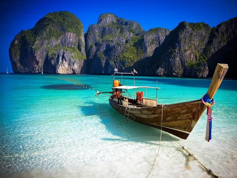 Day trip to Phi Phi island, Phuket. Image courtesy: Katathani Phuket Beach Resort